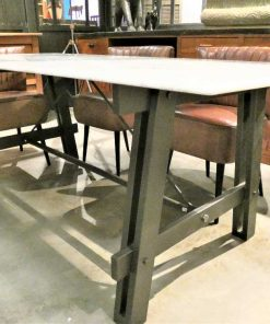 Sleek dining table-2