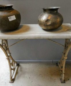 Antique sidetable-1