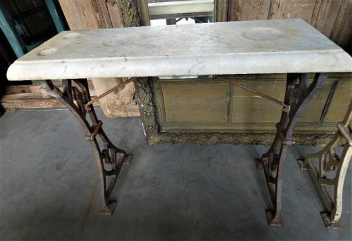 Antique sidetable-2