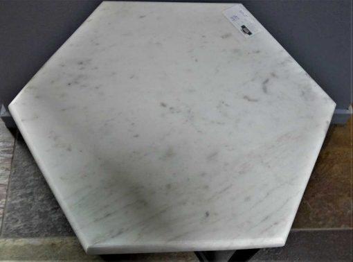 6-hoekige bijzettafel met wit marmeren blad-3