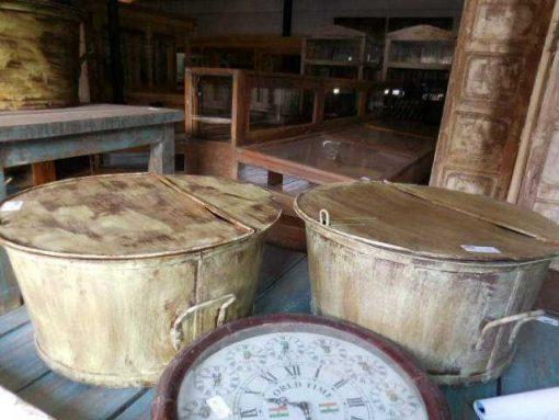 Vintage round salon table metal -2