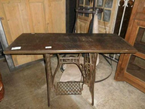 Table with frame of an antique Singer sewing machine-2