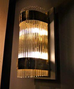 Antieke bronzen wandlamp met glazen staafjes-4