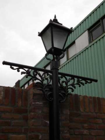 Zwarte gietijzeren lantaarn palen-2