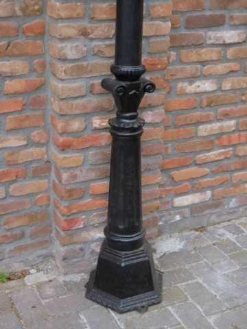 Zwarte gietijzeren lantaarn palen-3