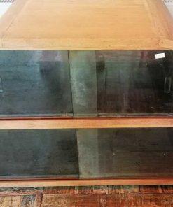 Antiker Unterschrank mit Glas-3