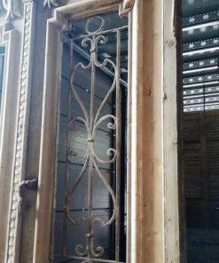 Antiker französischer Stil Außentür mit schmiedeeisernem Zierzaun-3