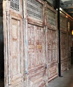 Antieke Wand Met Luiken Hxb Ca 300x480 Cm-1