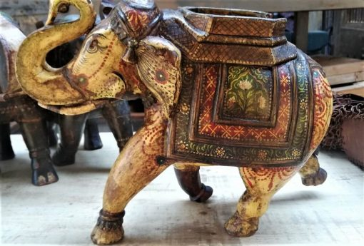 Hölzerne farbige Elefanten-3
