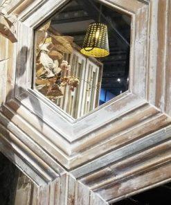 Wabenspiegel mit weißem Holzrahmen-3
