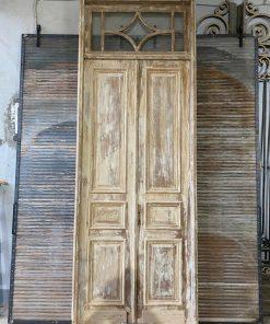 Antike Paneel-Türen im Rahmen-1